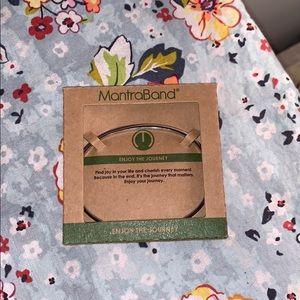 MantraBand Enjoy the journey